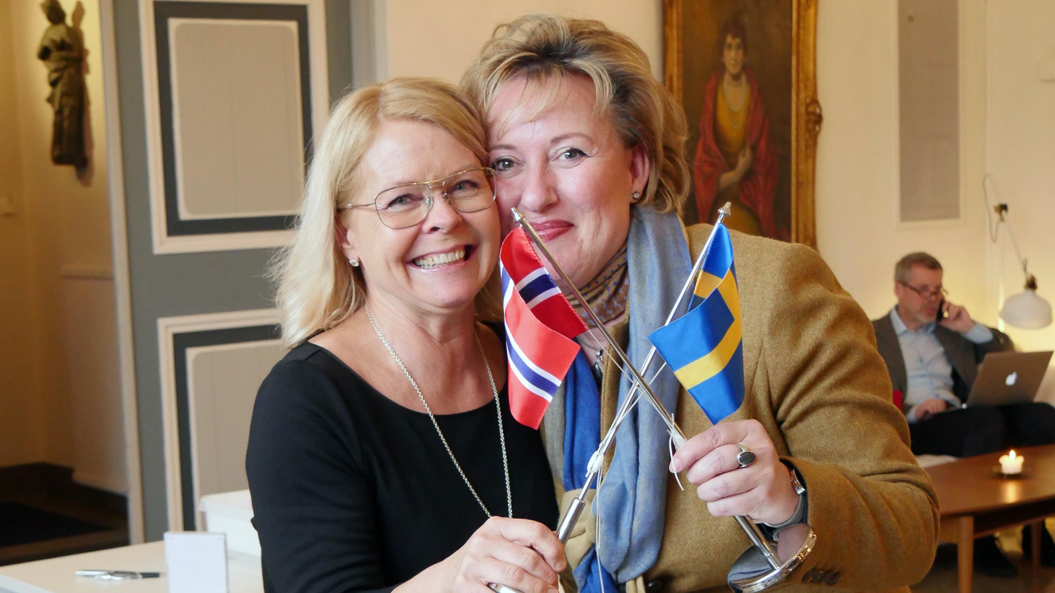 Annika Daisley från Svinesundskommittén och Hild Östberg, Norges ambassad i Stockholm